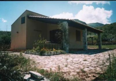 Casa Vacanze Caseflora